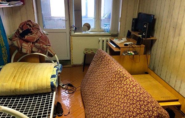 Avant l'arrivée des travailleurs du service de désinsectisation, l'appartement doit être préparé pour le traitement.