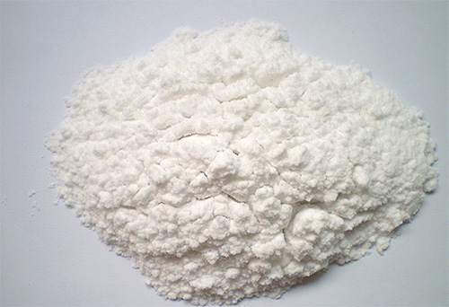 Les fourmis à poussière sont généralement moins efficaces que les gels ou les aérosols.