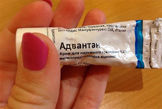 Cream Advantan - aide à soulager les symptômes d'allergie après une piqûre d'insecte