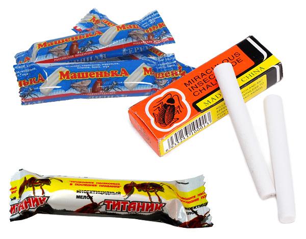 Les crayons anti-insectes (crayons), dont le crayon des cafards de Masha est le plus connu, aident à détruire les insectes des bois.